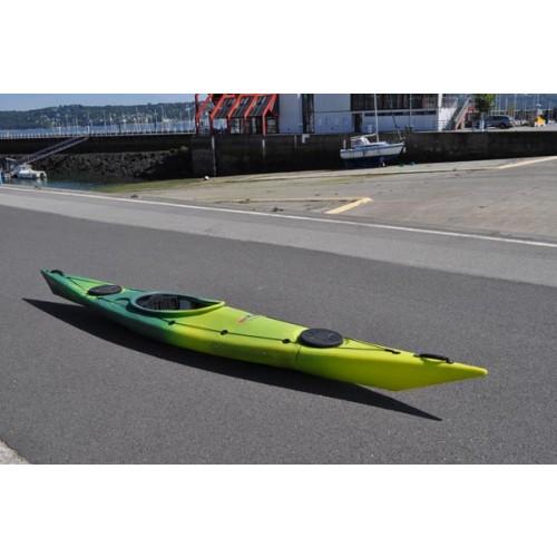 artic kayak artic occasion de la marque de kayak rtm. Black Bedroom Furniture Sets. Home Design Ideas