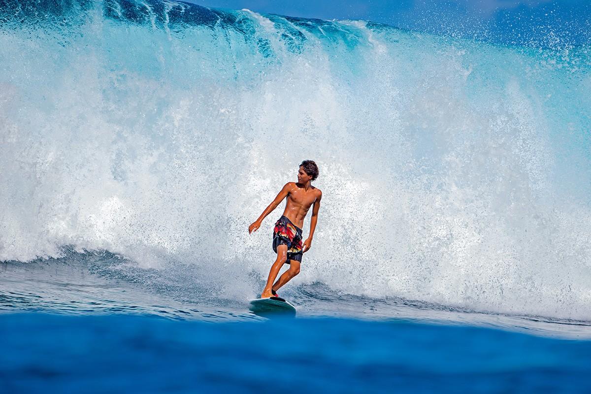 planche de surf bic 5 39 10 fish planche de surf d butant pas cher. Black Bedroom Furniture Sets. Home Design Ideas