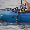Support de sondeur avec bras de sonde articulé Railblaza